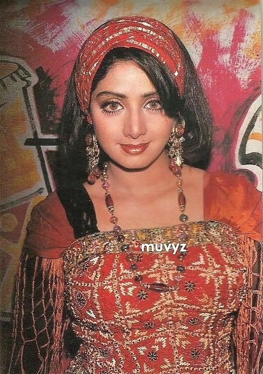 Sridevi: Sridevi on the sets of Gumraah (1993)