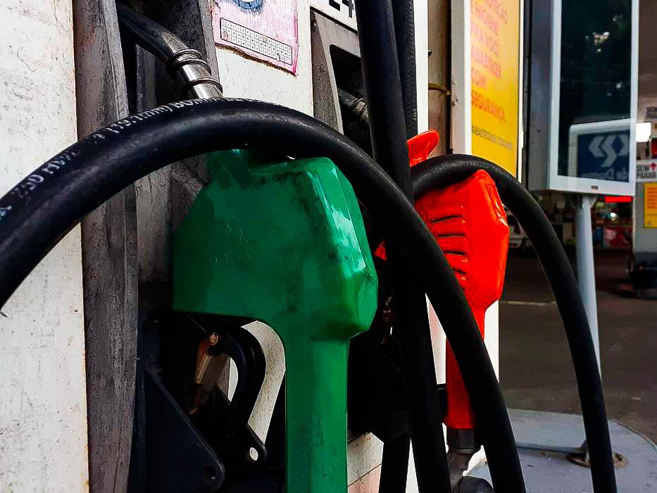 Preço da gasolina começa 2021 acima do valor registrado em todos os meses de 2020