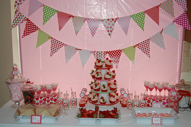 StrawberryShortcakeBirthdayParty_Dessert+Table.jpg