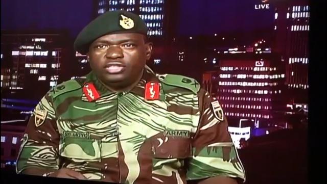 Robert Mugabe teria sido preso, pois a situação no Zimbábue parece cada vez mais um golpe.