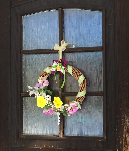 frontdoor wreath spring Easter decoration renew recycled materials SapiDesign