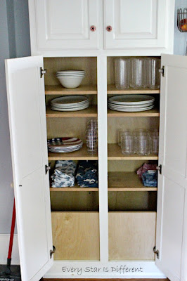 A Minimalist Montessori Kitchen: Tableware Storage