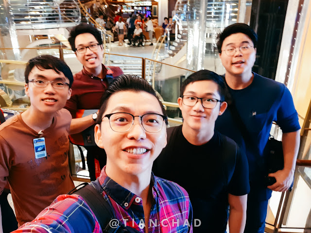 Selfie with buddies shooting together in the cruise