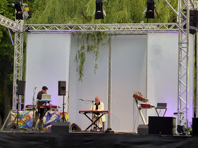 Tim Story et Hans-Joachim Roedelius @ More Ohr Less 2016 / photo S. Mazars