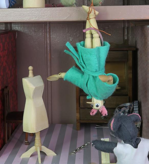 manikin - mannequin - dummy - doll