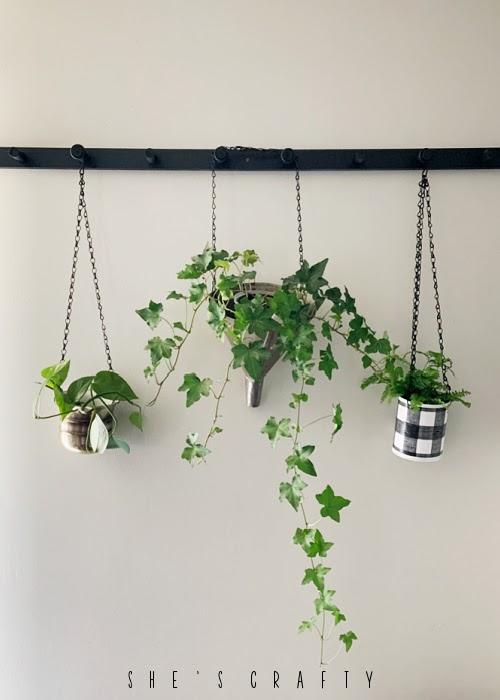 Hanging Plant Holder Peg Rack