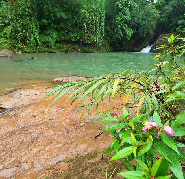 secret waterfalls or talon at Nakatagong Paraiso Real Quezon