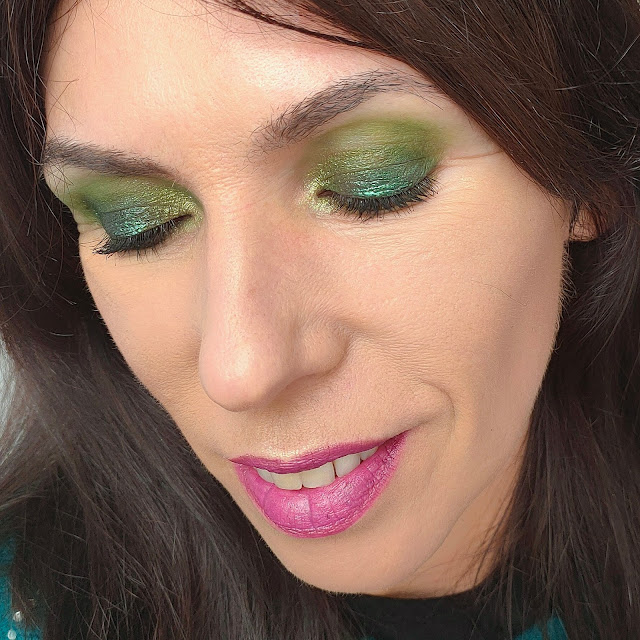 "Paleta ""The roaring 20's"" - Reckless de Rude Cosmetics 15"