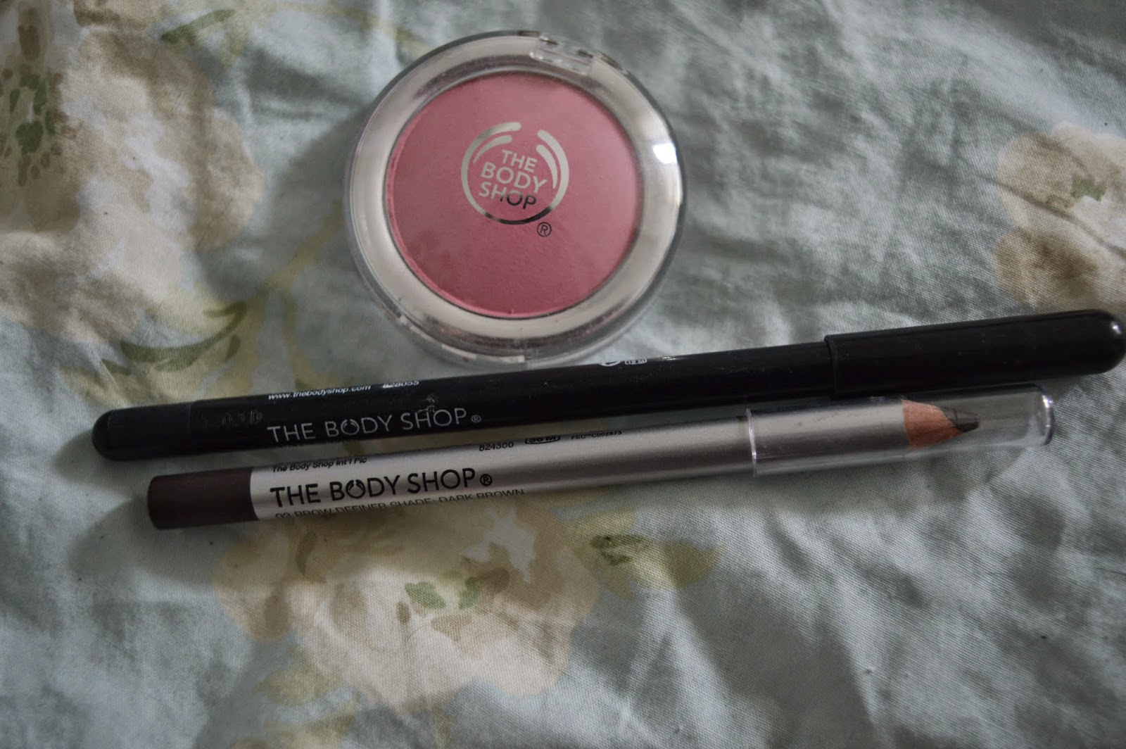 Bodyshop makeup review
