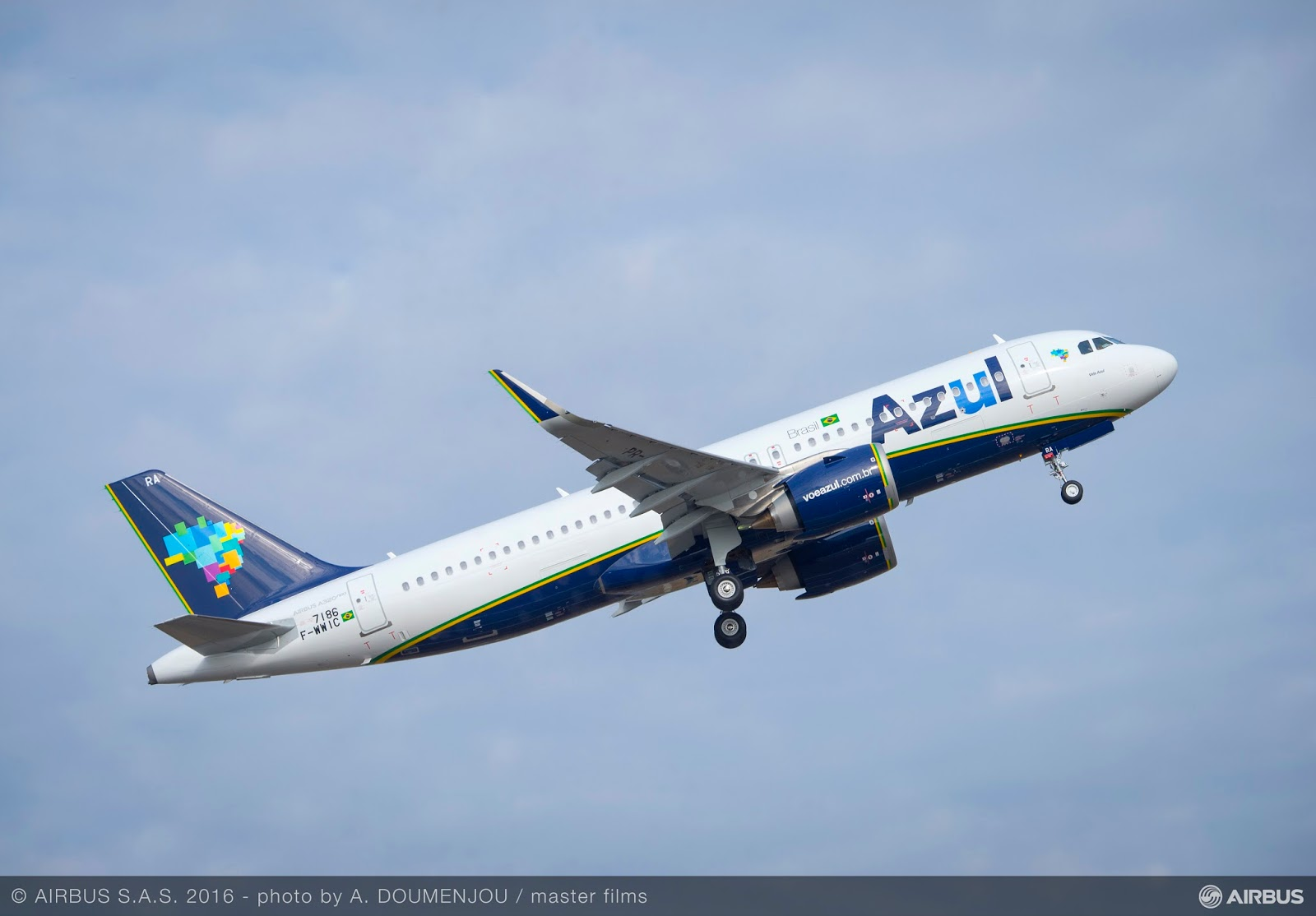 O primeiro A320neo da Azul pousa em solo brasileiro nesta quinta-feira