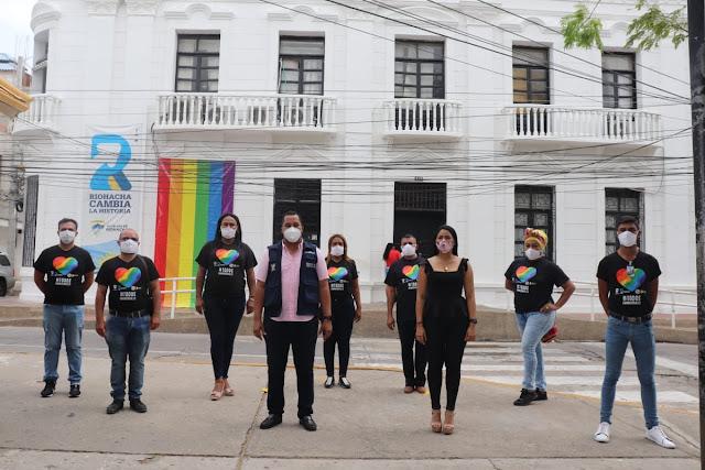 Bandera LGTBI es izada por primera vez en Riohacha