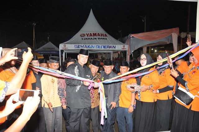 Nasrul Abit Resmikan Pasar Kuliner Pasar Nagari Pauh IX