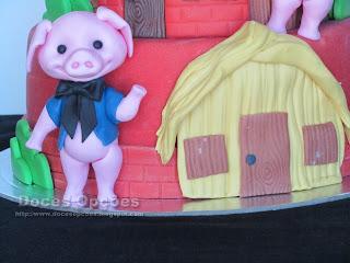 Os Três Porquinhos  casa palha
