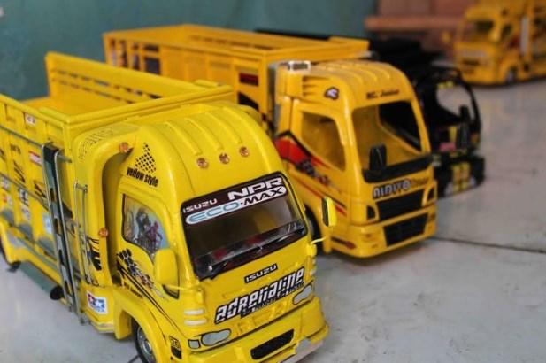 gambar miniatur truk dari malanng