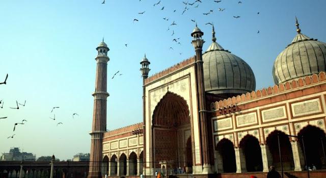 https://www.abusyuja.com/2020/04/hukum-mendirikan-masjid-di-luar-batas-desa.html