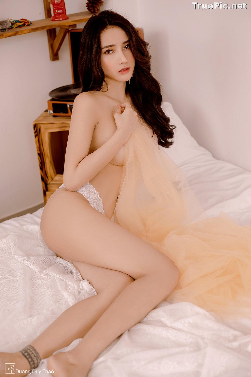 Image Vietnamese Hot Girl – Nguyen Thi Phi Yen - Sexy White Lingerie - TruePic.net - Picture-7