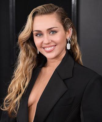 Miley Cyrus new photos