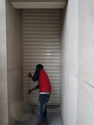 tukang service rolling door 085714997117