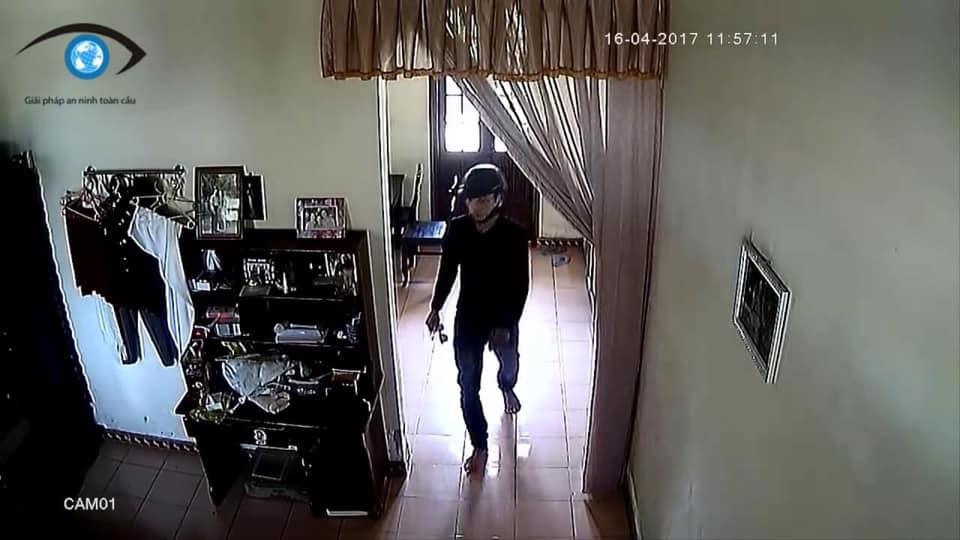 Cuộc gặp gỡ định mệnh giữa tên trộm và cô chủ nhà