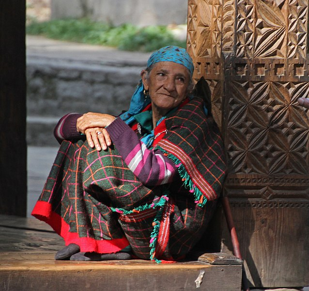 10 Major and Minor Tribes of Himachal Pradesh