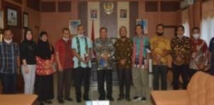 Drs, HM. Syarfi Hutauruk, Wali Kota Sibolga Rekomendasi IAKN Tarutung Menjadi Universitas