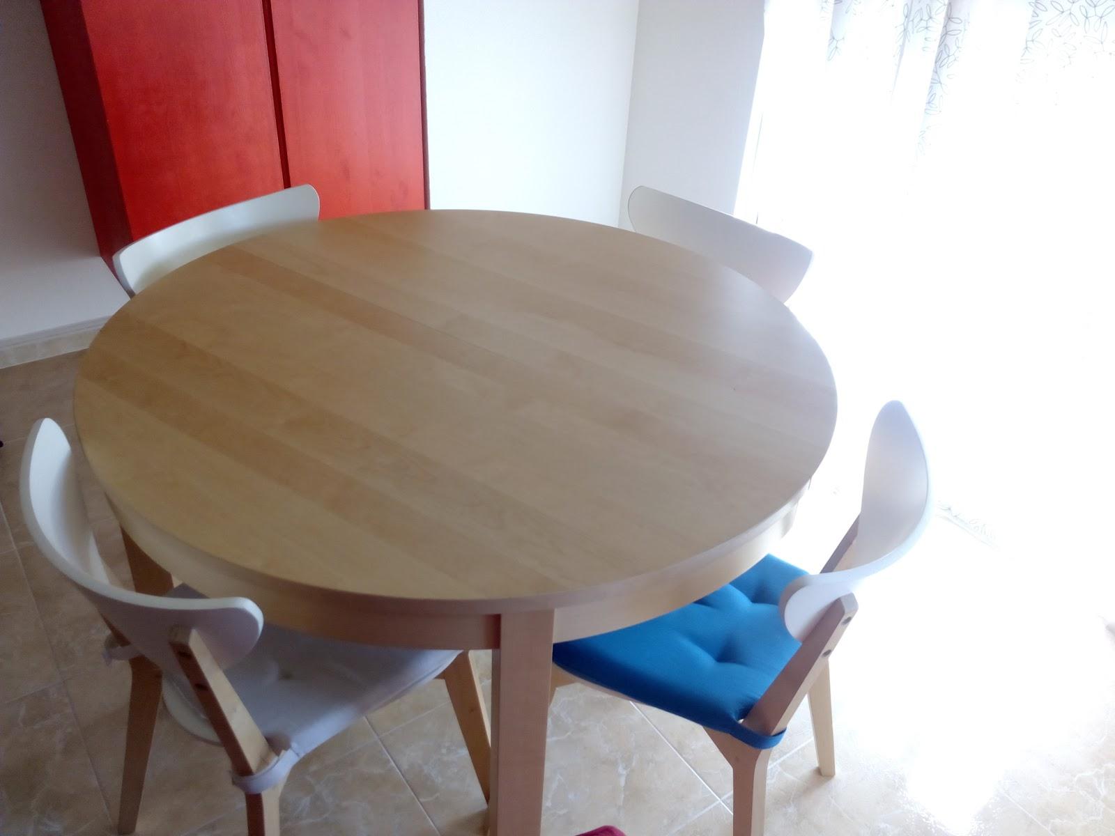 Tirando la casa por la ventana: Mesa de comedor, 4 sillas y ...