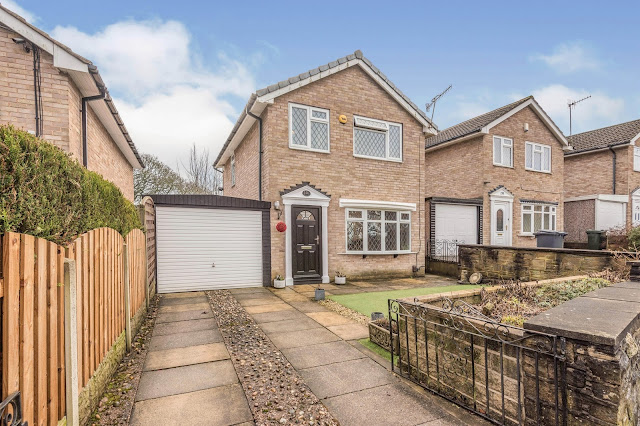 This Is Bradford  Property -  3 bed detached house for sale Hunters Park Avenue, Clayton, Bradford BD14