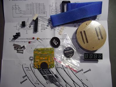 Componentes do kit de relógio de pulso digital