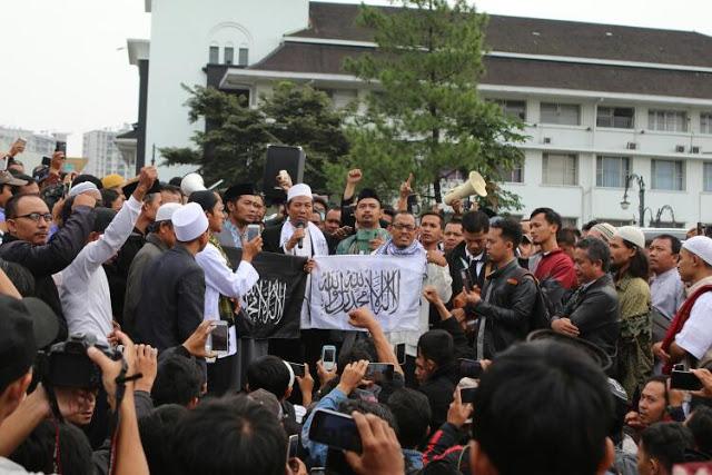Meskipun Dihambat , Masirah Panji Rasulullah di Jawa Barat Sukses Besar