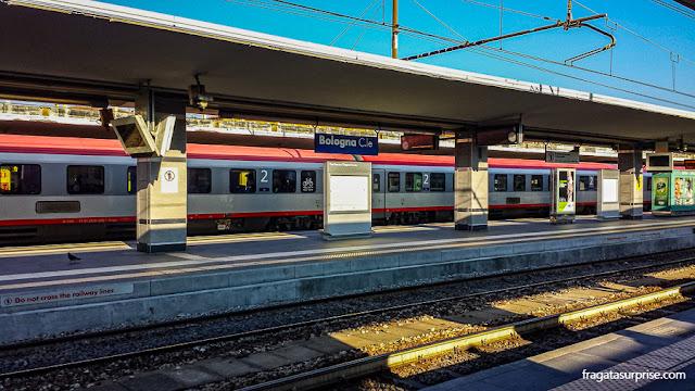 Plataforma da Estação Ferroviária de Bolonha