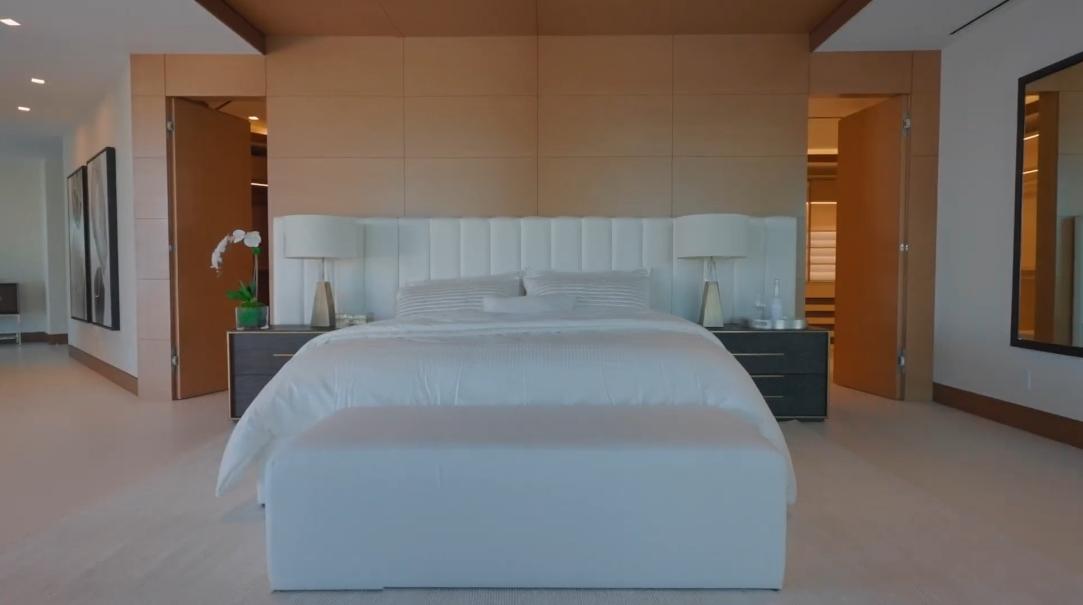 88 Interior Design Photos vs. 200 Fiesta Way, Fort Lauderdale, FL Ultra Luxury Mansion Tour
