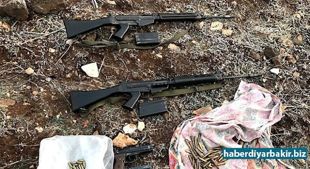 DİYARBAKIR-Diyarbakır'ın Çınar ilçesinde yapılan ev baskınlarında çok sayıda silah ve mühimmat ele geçirildi.