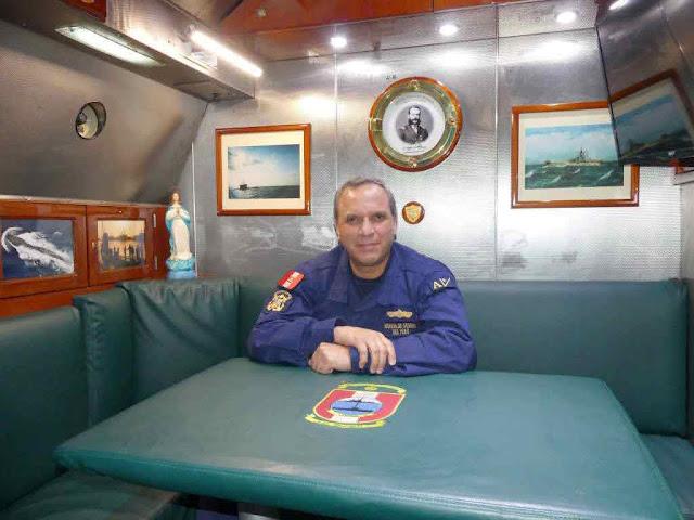 Capitán de Navío AP Salomón Moran Peñafiel, Comandante del Escuadrón de Submarinos