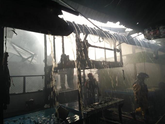 Si Jago Merah Melahap 22 Kios Sembako Di Pasar Segiri 'PMK  Korem 091/ASN Beraksi