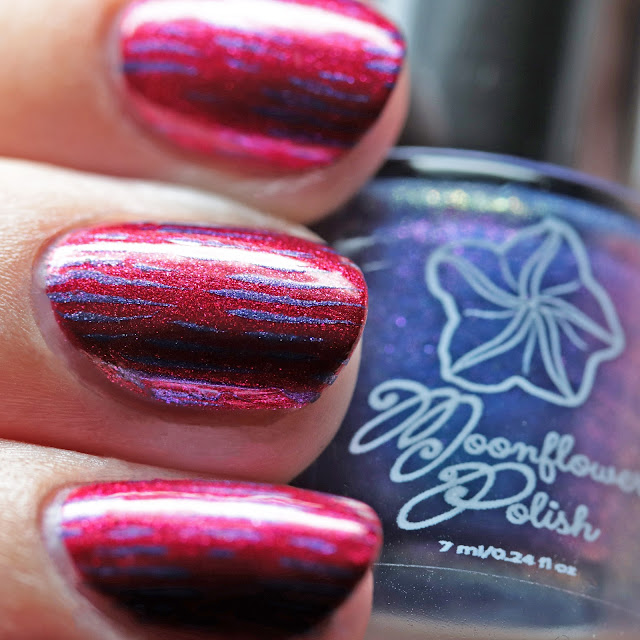 Moonflower Polish Autumn Moon stamped over Candy Apple using Über Chic 22-03 plate