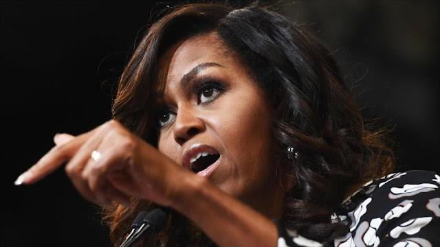 Dimite alcaldesa en EEUU tras insultar a Michelle Obama