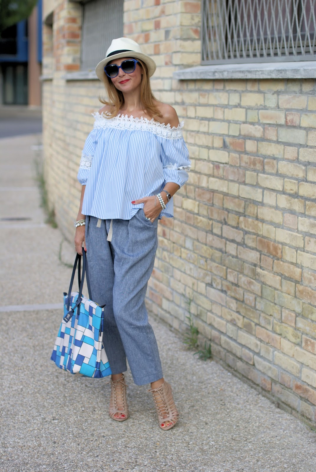 Summer chic outfit with off the shoulder top and Le Silla caged heels on Fashion and Cookies fashion blog, fashion blogger