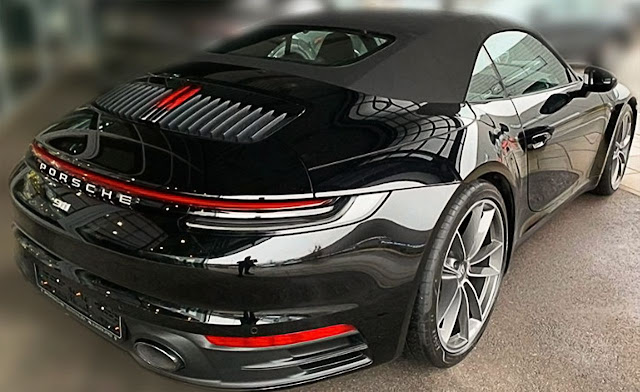 porsche-992-taillights-exhaust-backlights-and-wheels