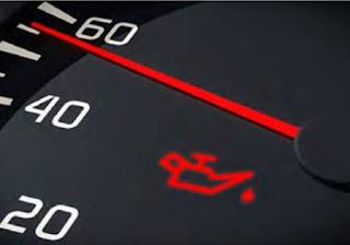 أسباب اضاءة لمبة الزيت في السيارة معلومات قد تعرفها لأول مرة