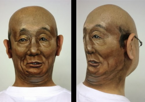 01-Bald-Guy-Japanese-Artist-Zhao-Ye-趙-燁-Body Painting-Freaky-www-designstack-co