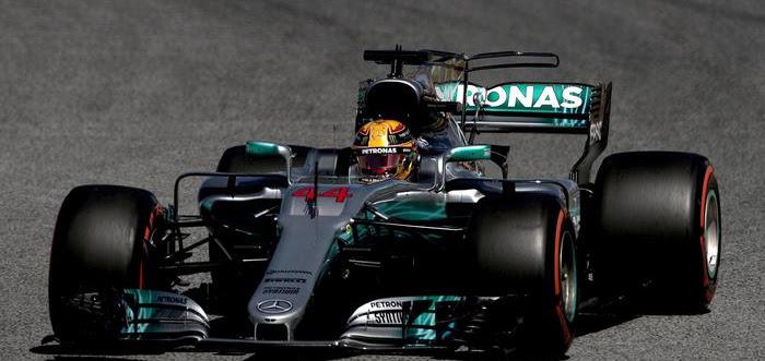 F1. GP Spagna, trionfo di Hamilton che precede la Ferrari di Vettel