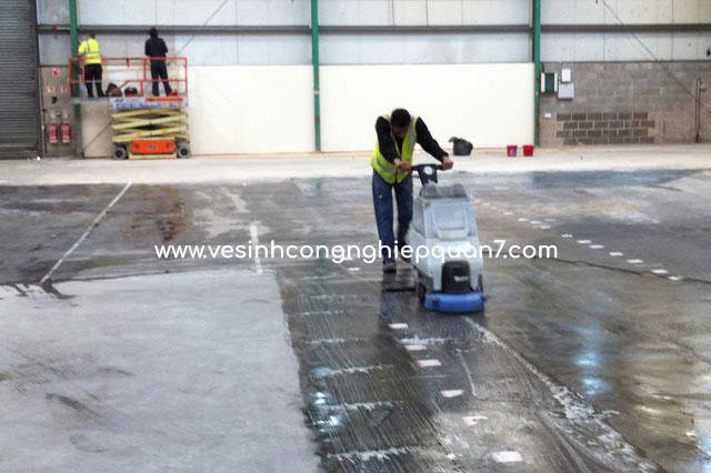 dịch vụ vệ sinh sàn nhà xưởng công nghiệp