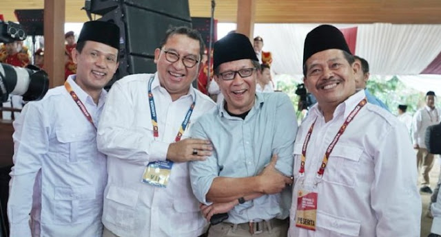 Riding a Motorcycle, Rocky Gerung Attends Confernas Gerindra