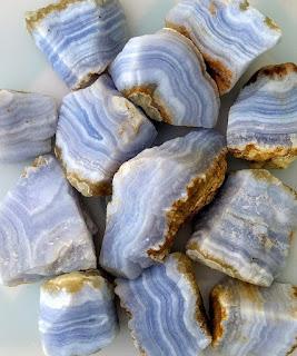 Ágata bruta de renda azul da Namíbia