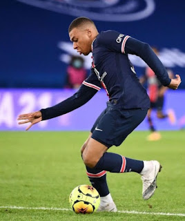 Picture of Wilfried's son Kylian playing football