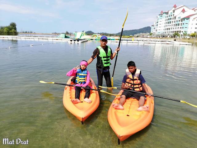 Kayak di Pangkor Marina Island Pangkor Resort