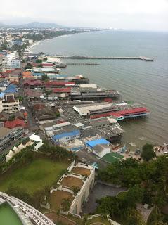 Hafenviertel Stelzenhäuser Hua Hin Blick vom Hilton