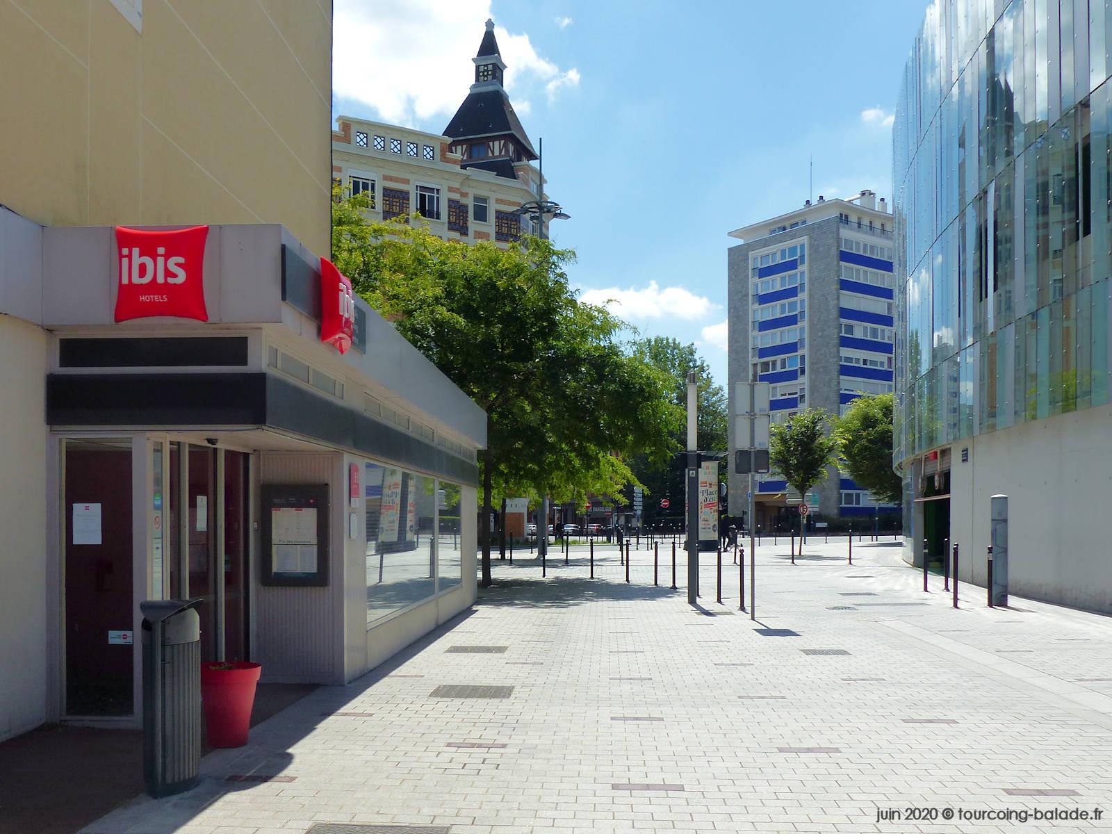 Entrée Hôtel Ibis, Promenade de la Fraternité, Tourcoing