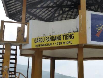 Melihat Indahnya Pemandangan Dieng Dari Gardu Pandang Tieng (GPT)