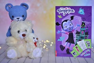 """""""Vampirina. Kolorowanka i naklejki"""" - książki dla dzieci #11"""